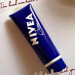 ニベア 青